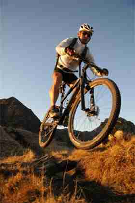 stretches-for-mountain-biking