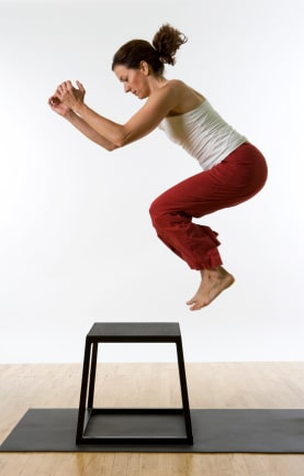 Plyometric exercises and plyometric training examples
