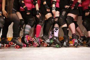 Roller derby stretches